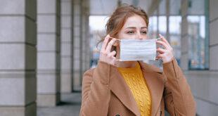 Los riesgos potenciales de llevar mascarillas